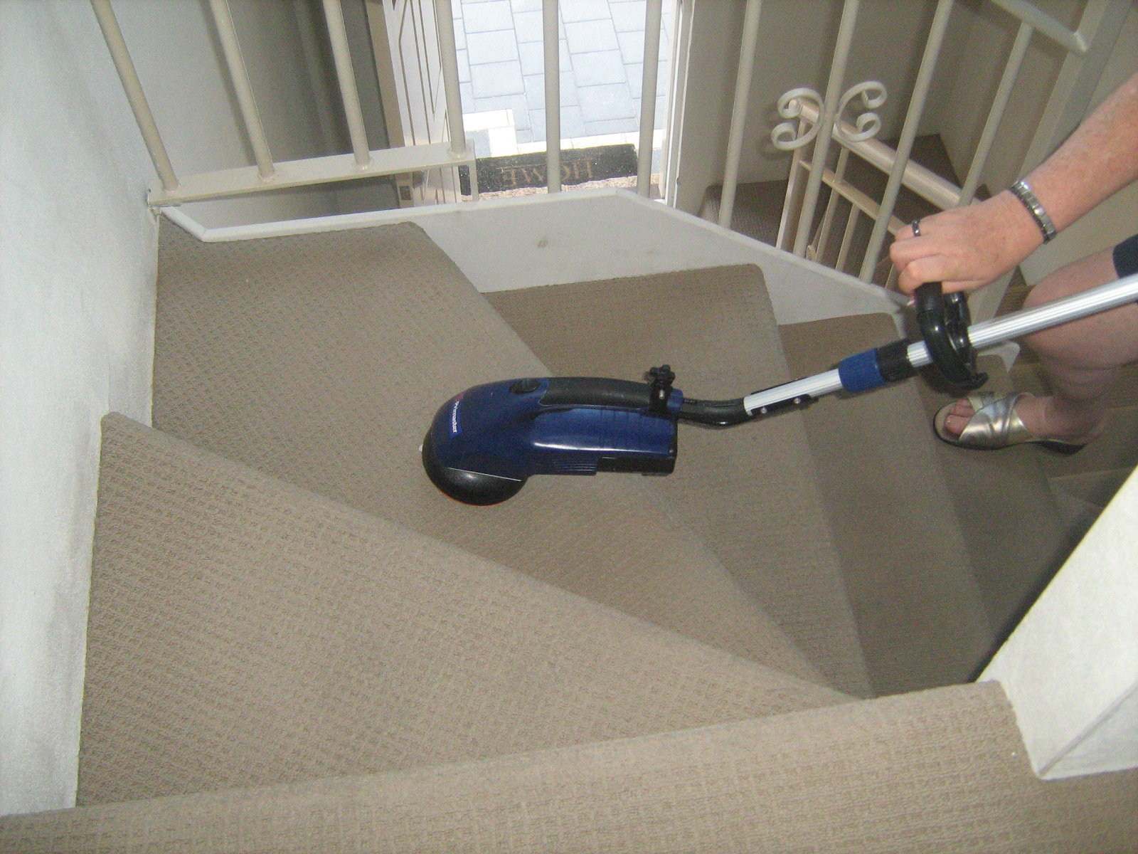 primaster for stairs - MAGIC-DRY CARPET u0026 UPHOLSTERY DRY ...