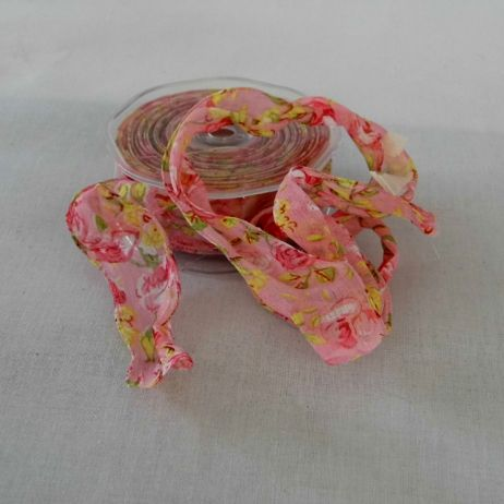 Floral print wired ribbon