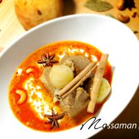 Massaman(Slow-Cooked Beef)