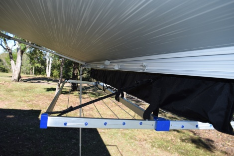Awning Mounted Clothes Line