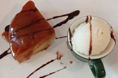 Caramel Apple Pudding and your choice of gelato